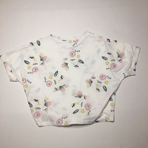 Tops - NWOT White Floral Tie Shirt